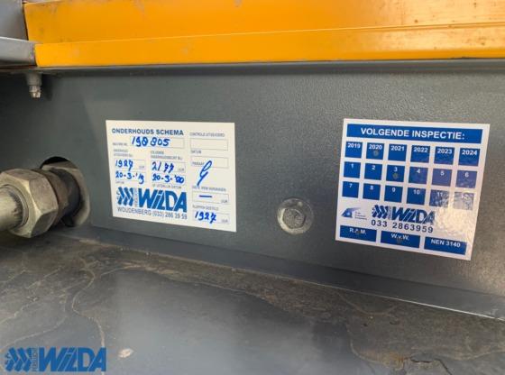 Wilda-mobiele-compressor-occasion-Atlas-Copco-XAHS-186-Dd-C3-onderhoudsplaat