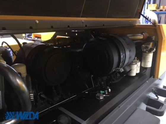Gebruikte-dieselcompressor-Atlas-Copco-XAHS186-ST3b
